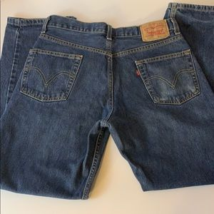 Levi's 550 relaxed fit 31W 30L.